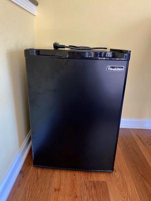 Magic Chef Compact Refrigerator for Sale in Aurora, OH