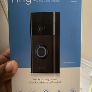Ring Doorbell W/ Ring Chime for Sale in Hampton, VA