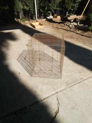 Cage -Different openings for small dog/ big birds for Sale in Mentone, CA