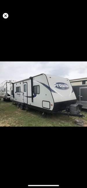 2017 Heartland Prowler RV NEW LOWERED PRICE!! for Sale in Fort Belvoir, VA
