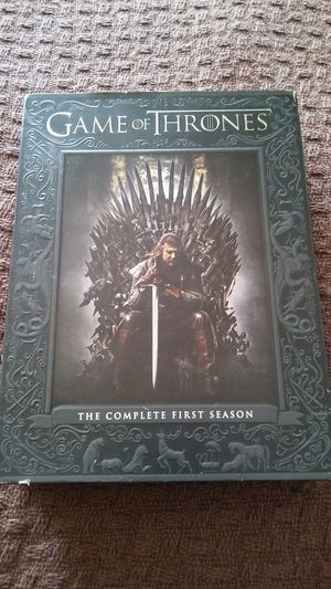 GAME OF THRONES COMPLETE FIRST SEASON 5 DVD SET. BRAND NEW NEVER USED! MUST PICK UP PLEASE. THANK YOU. for Sale in Baltimore, MD