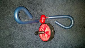 Thigh master and ab wheel for Sale in Cleveland, OH