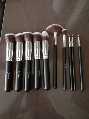 Makeup Brushes for Sale in undefined