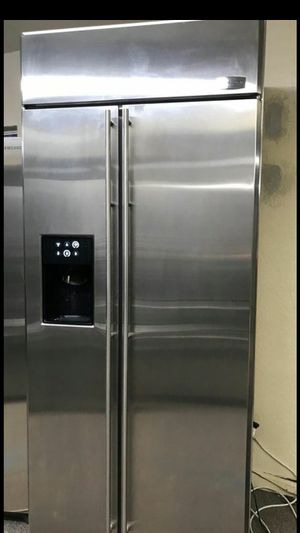 "GE monogram 36"" built in refrigerator for Sale in Phoenix, AZ"