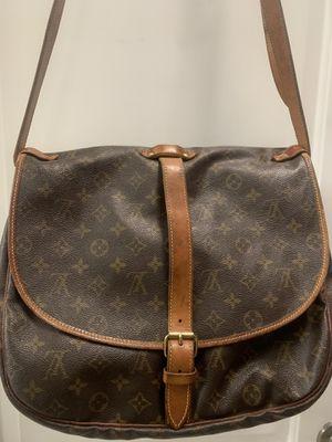 Authentic large Louis Vuitton Saumur 35 crossbody purse bag for Sale in PT CHARLOTTE, FL