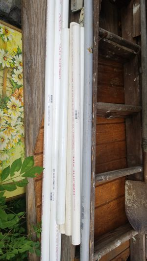 "1"" Charlotte PVC pipe three 5' sections and four 3' sections for Sale in Vermilion, OH"