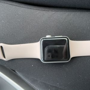 Apple Watch Series 3 42mm for Sale in Clearwater, FL