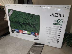 """VIZIO 65"""" 4K ULTRA HD Smart TV for Sale in North Providence, RI"""