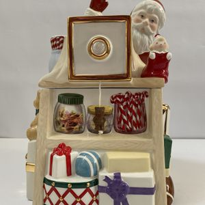 Lenox Musical candy Or cookie Box for Sale in Pompano Beach, FL