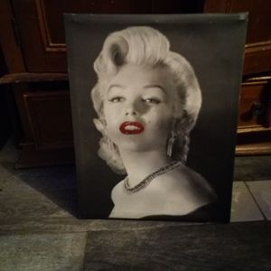 Picture Of Marilyn Monroe 15 X 19 for Sale in Hacienda Heights, CA