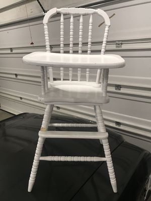 White high chair for Sale in Upland, CA