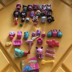 Mix Sets Toys for Sale in Winton,  CA