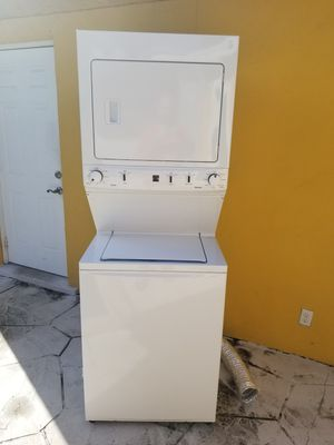 2016 Kenmore washer and dryer for Sale in Pembroke Pines, FL