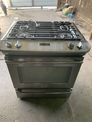 Used gas stove good condition $$400 for Sale in Dallas, TX