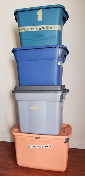LARGE PLASTIC CONTAINERS, TOTES, STORAGE BOX - Rubbermaid , Sterlite, HDX for Sale in Baldwin Hills, CA