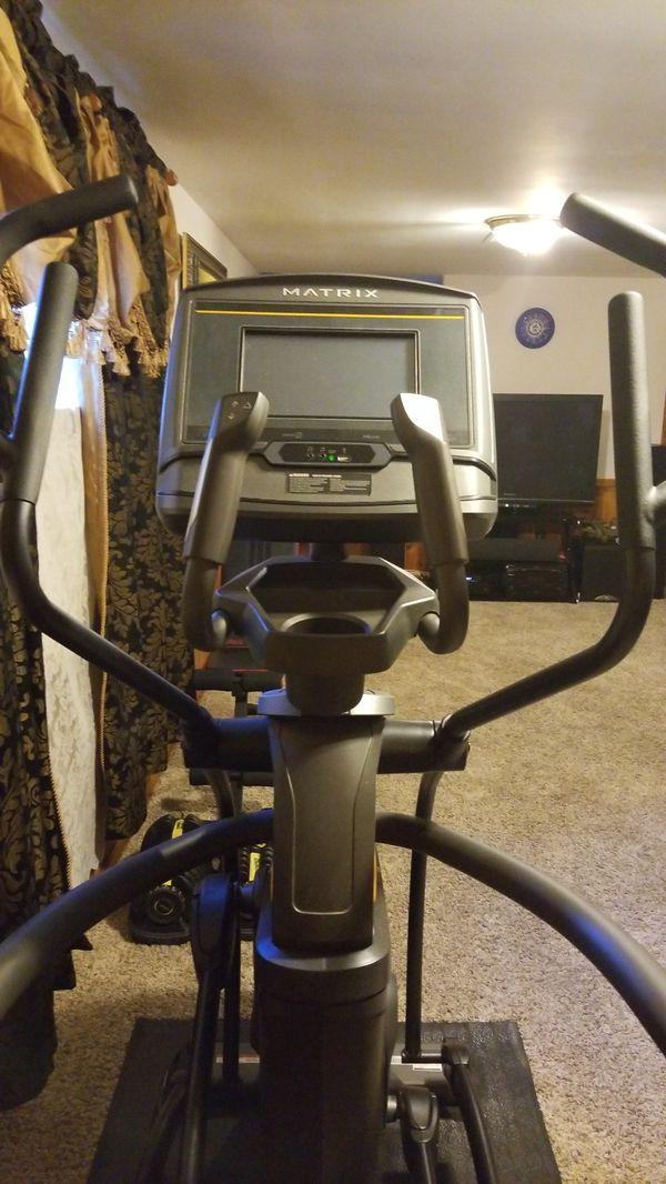 Elliptical Exercise Machine Matrix A50