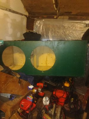 15 inch subwoofer Box for Sale in Cleveland, OH