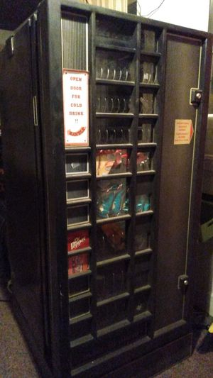 Soda machine/candy machine / coin changer for Sale in Bloomington, IL