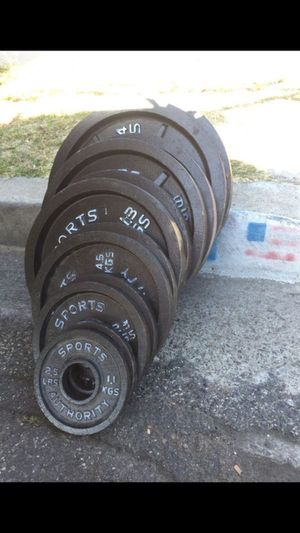 NICE OLYMPIC WEIGHTS SET PLUS BAR for Sale in San Diego, CA