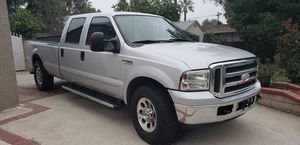 Ford F350 Crew Cab 8ft bed 6.0 Diesel for Sale in Claremont, CA