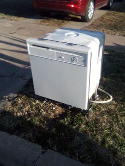Dishwasher for Sale in San Angelo,  TX