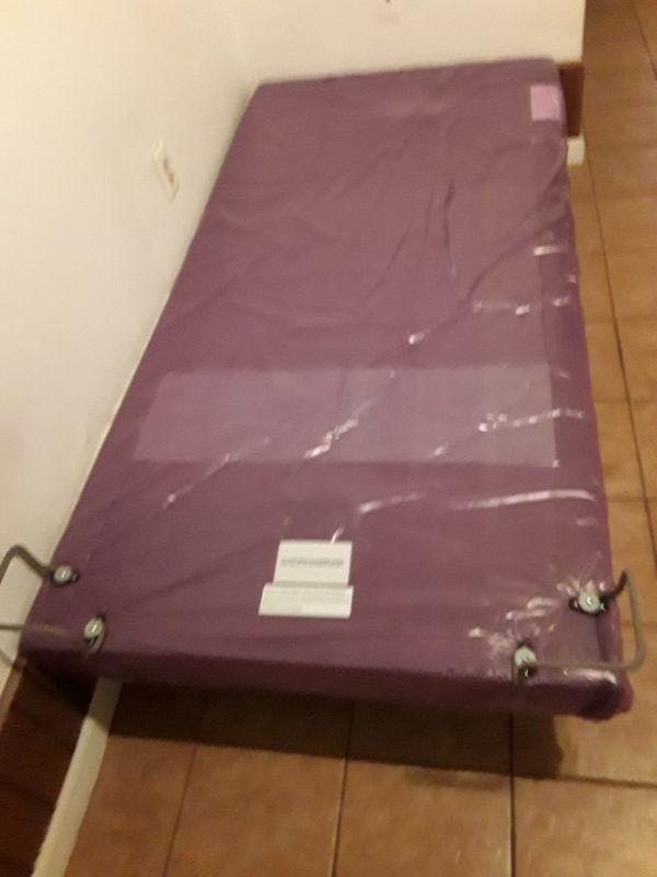 Single size massage bed