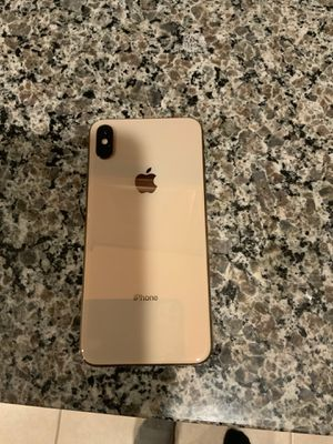 iPhone XS Max (unlocked) for Sale in Riverview, FL