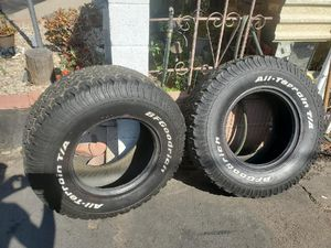 33 inch tires all terrain for Sale in Santa Ana, CA