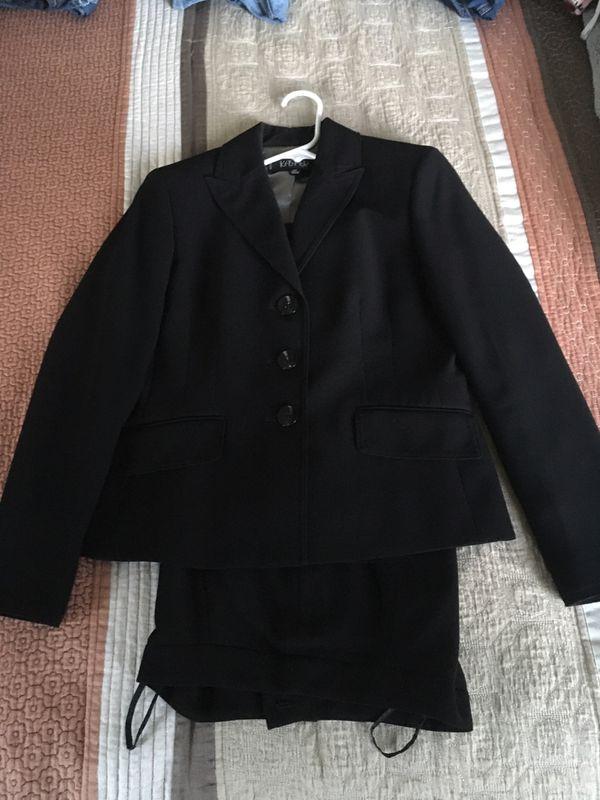 Women's Black Business suit size 2P
