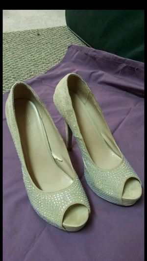 in like new condition only worn once beautiful studs shoes by forever 21high heels size 10 for Sale in Tucson, AZ