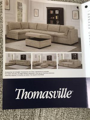 New sofa / couch Thomasville for Sale in Riverside, CA