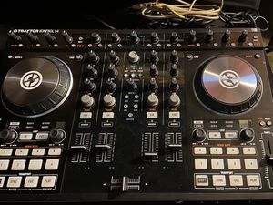 Traktor Kontrol S4 Mk2 For Parts/Fixing for Sale in Clifton, NJ