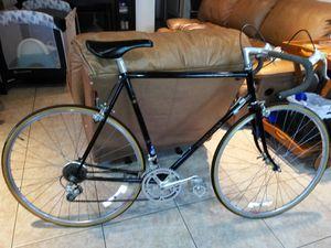 Schwinn super sport road bike 12 velocidades for Sale in Imperial Beach, CA