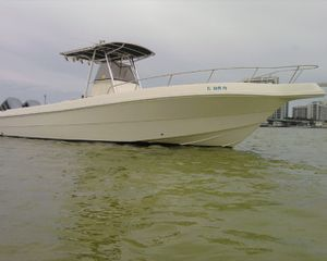 2001 Caravelle 28' Center Console for Sale in Miramar, FL