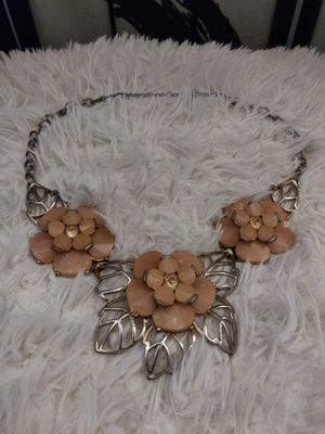 Pink Floral Gold Chain Statement Necklace for Sale in Covina, CA