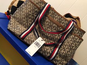 Tommy Hilfiger for Sale in Lewis McChord, WA