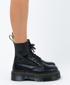 Dr. Martens Jadon boots US 9 - brand new for Sale in Boston, MA