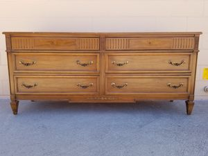 Drexel vintage mid-century modern dresser for Sale in Huntington Beach, CA
