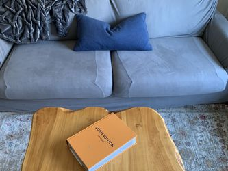 Grey Medium Sized Couch for Sale in Philadelphia,  PA