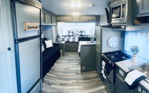 Beautiful travel trailer, completely renovated like new $13,550 for Sale in Menifee, CA
