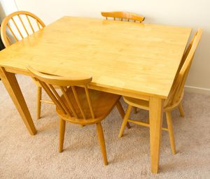 Golden oak solid wood kitchen table with 4 chairs for Sale in San Francisco, CA