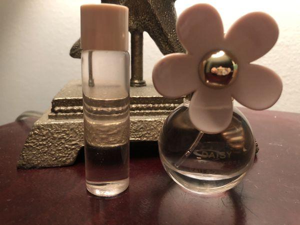Marc Jacobs Daisy Eau So Fresh Perfume & purse spray