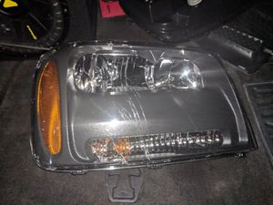 oem trailblazer headlights for Sale in San Francisco, CA
