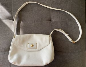 Marc Jacobs - White Messenger Bag with Gold Hardware for Sale in Bellevue, WA