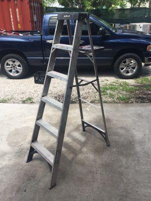 Husky 6 ft aluminum ladder for Sale in Miami, FL