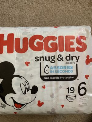 Huggies - Snug & Dry - size 6 for Sale in Fallbrook, CA