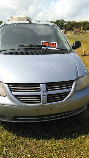 2005 Dodge Grand Caravan for Sale in Ville Platte, LA