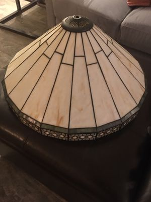 ANTIQUE GLASS LAMP SHADE for Sale in Bakersfield, CA