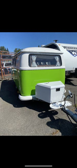 2017 dub box USA for Sale in Lake Stevens, WA