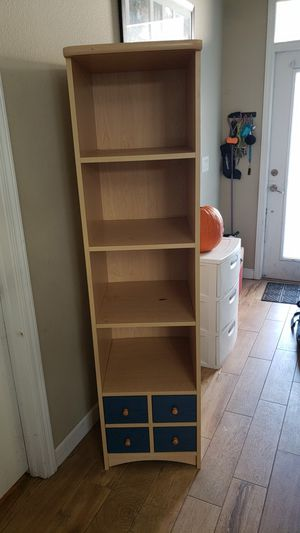 Rooms to Go kids shelf for Sale in Land O Lakes, FL